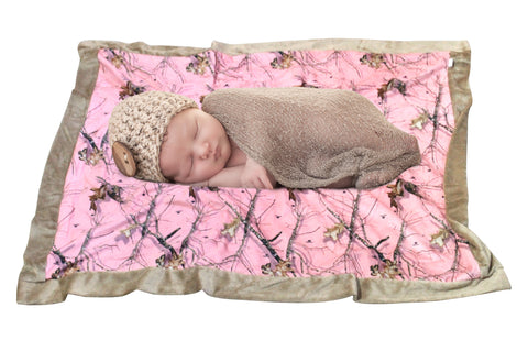 Mossy Oak Pink Baby Blanket + Bib 2PC Gift Set Camo Chique Exclusive 4 Redneck Princess Newborn Girl