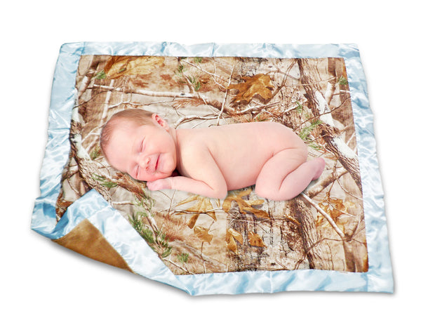 Realtree Baby Blanket AP & Blue Satin Daddys Little Hunter Carstens Camo Throw