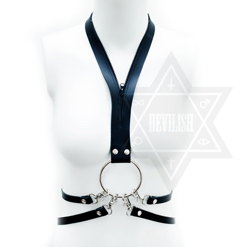 Zip up harness