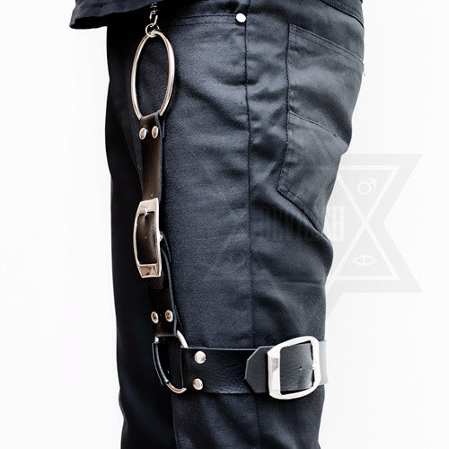 Heavy leather garter