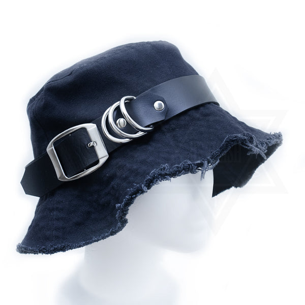 Wide buckle hat