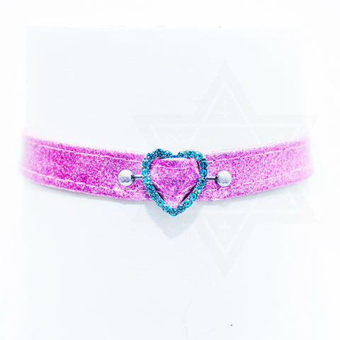 shining in heart choker