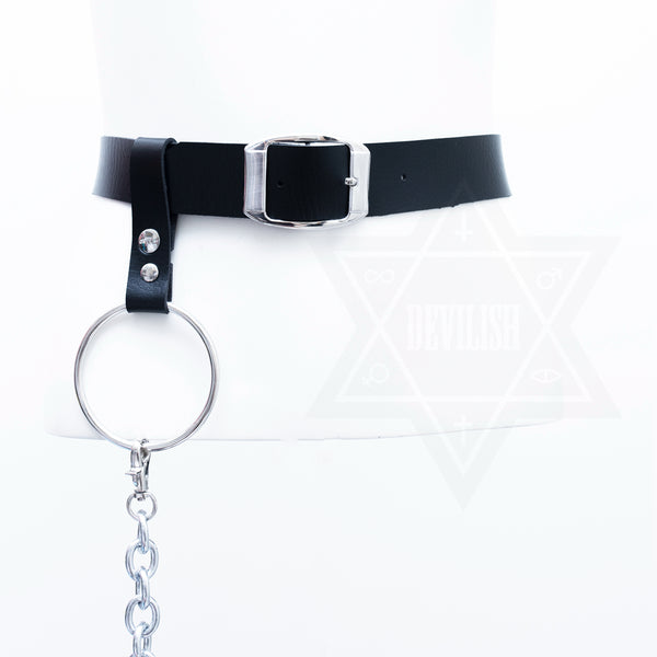 Chained leg harness