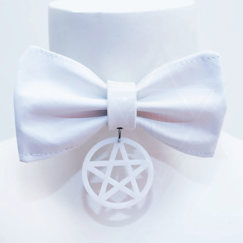 WHITE MAGIC choker