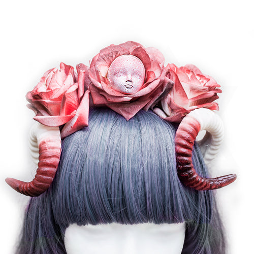 Bloody doll hairband