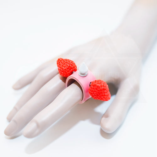 Strawberry cake leather ring