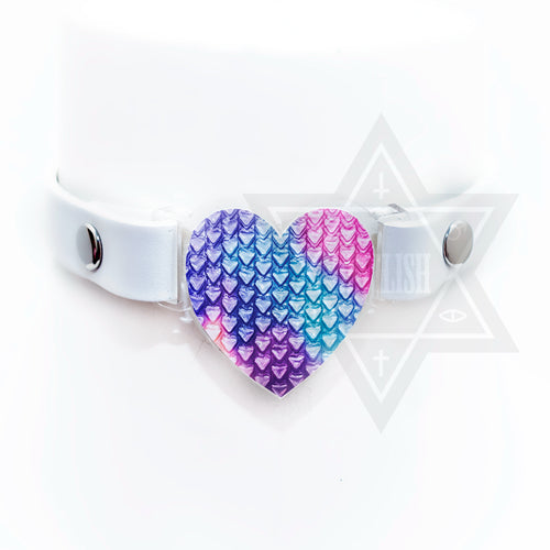 Popping heart choker