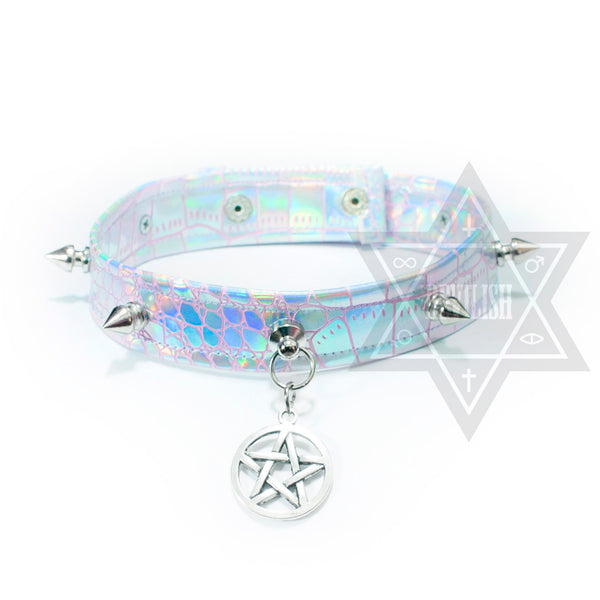 Pentagram illusion Choker