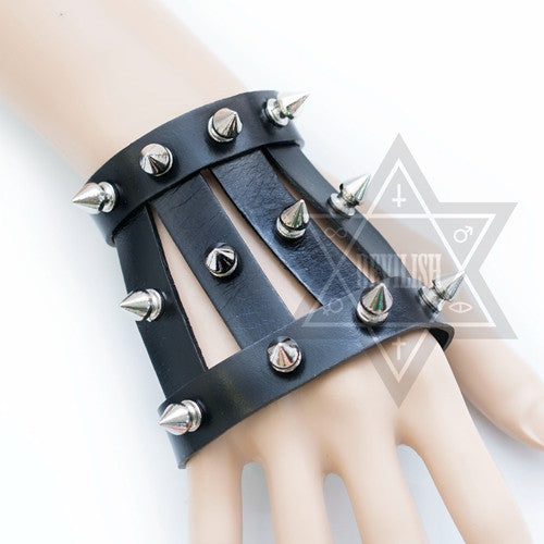 Skeleton Hand wear