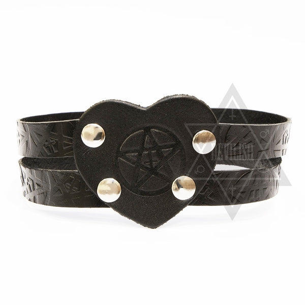 Black hearted choker