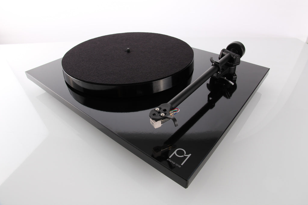 REGA Planar 1 Turntable with Carbon Cartridge - Grahams Hi-Fi