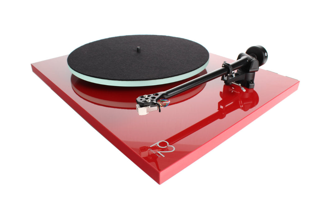 Planar 2 Turntable with Carbon Cartridge