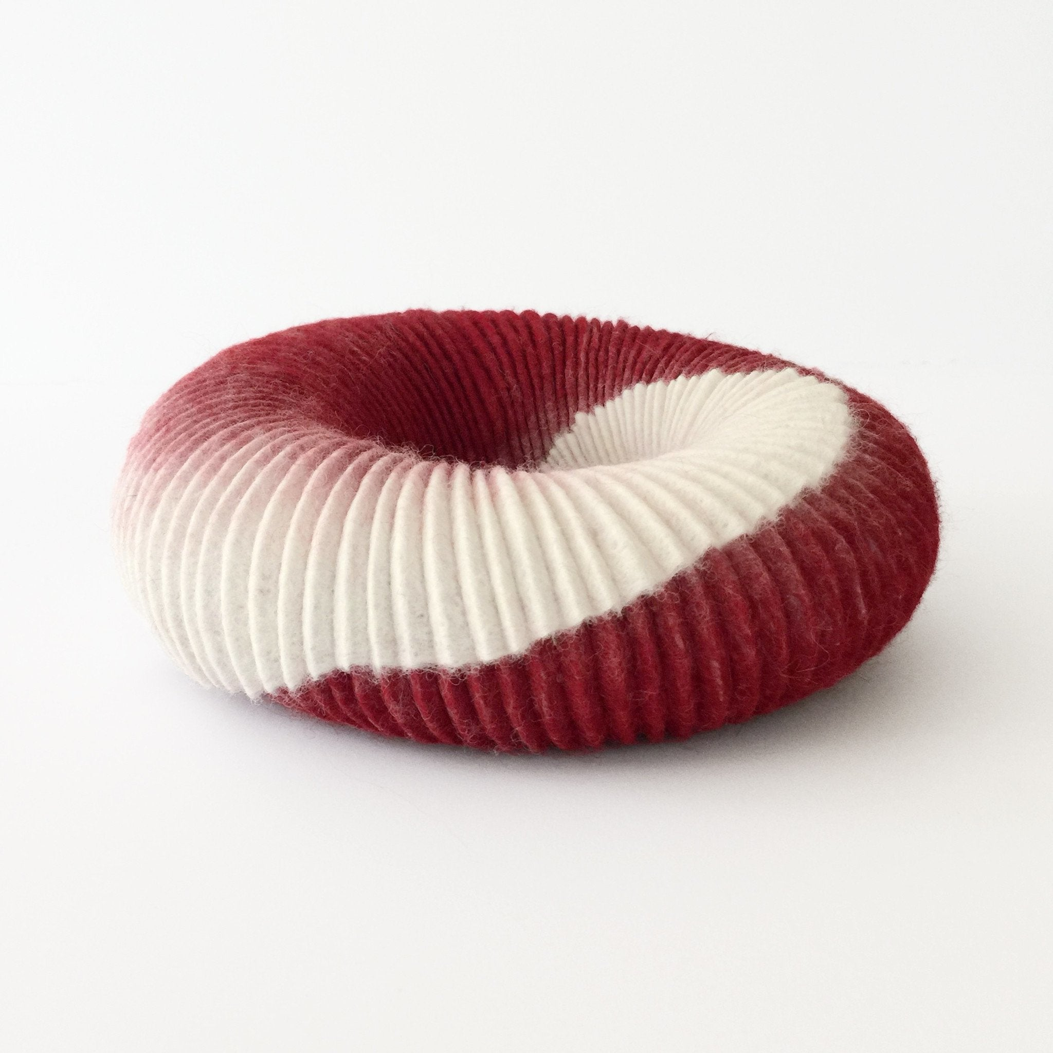 ammonite cowl: berries and cream - mooizeg