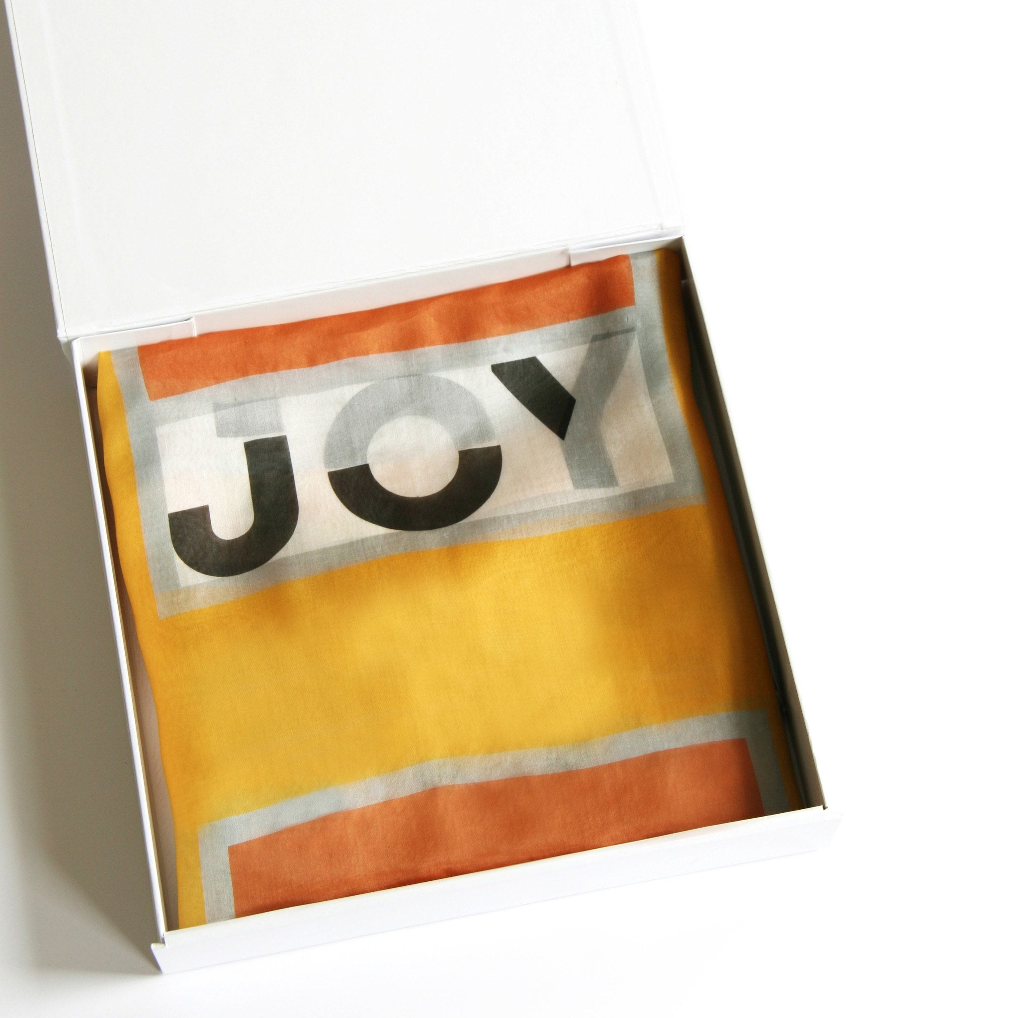in a word scarf: JOY - mooizeg