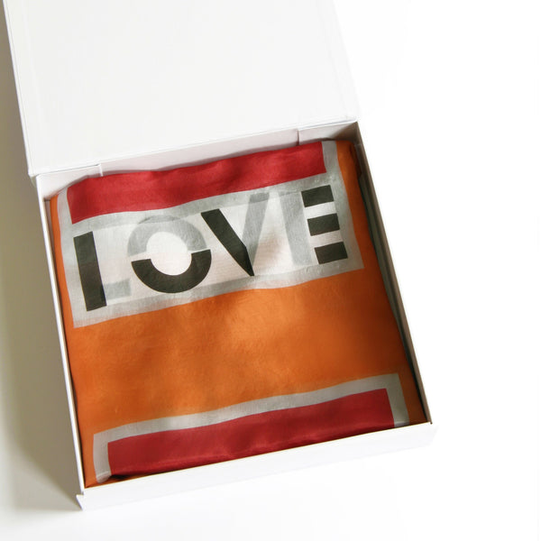in-a-word scarf: LOVE - mooizeg
