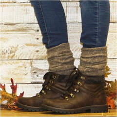 alpine boot socks with hiking boots skinny jeans outfit