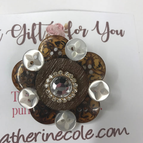 jewelry from vintage pins and jewelry