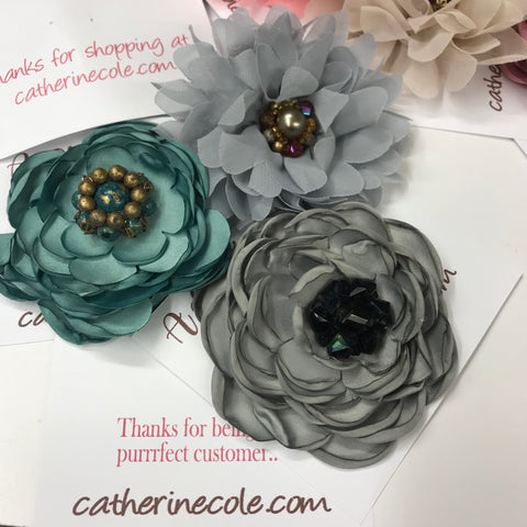 silk flower label pins