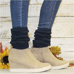 slouch socks outfit with suede heeled sneakers