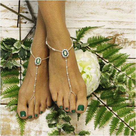 EMERALD beaded barefoot sandals - green - foot jewelry - irish - kelly green