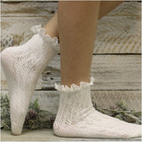 LACY crochet lace ankle socks - cream