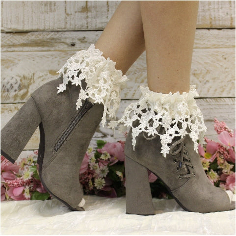 ROSEBUD lace ankle sock - ivory - Catherine Cole Studio