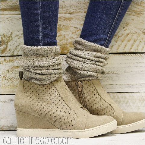 BOOT lace slouch socks -oatmeal  socks ladies shoe boots grace lace