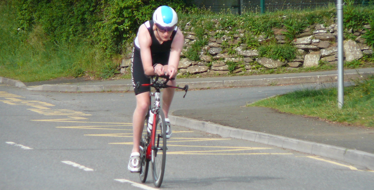 athlete cycling triathlon