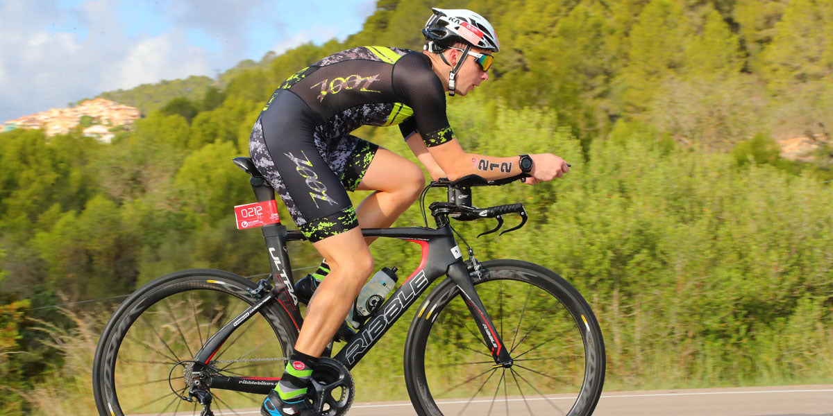 cycling triathlon triathlete racing