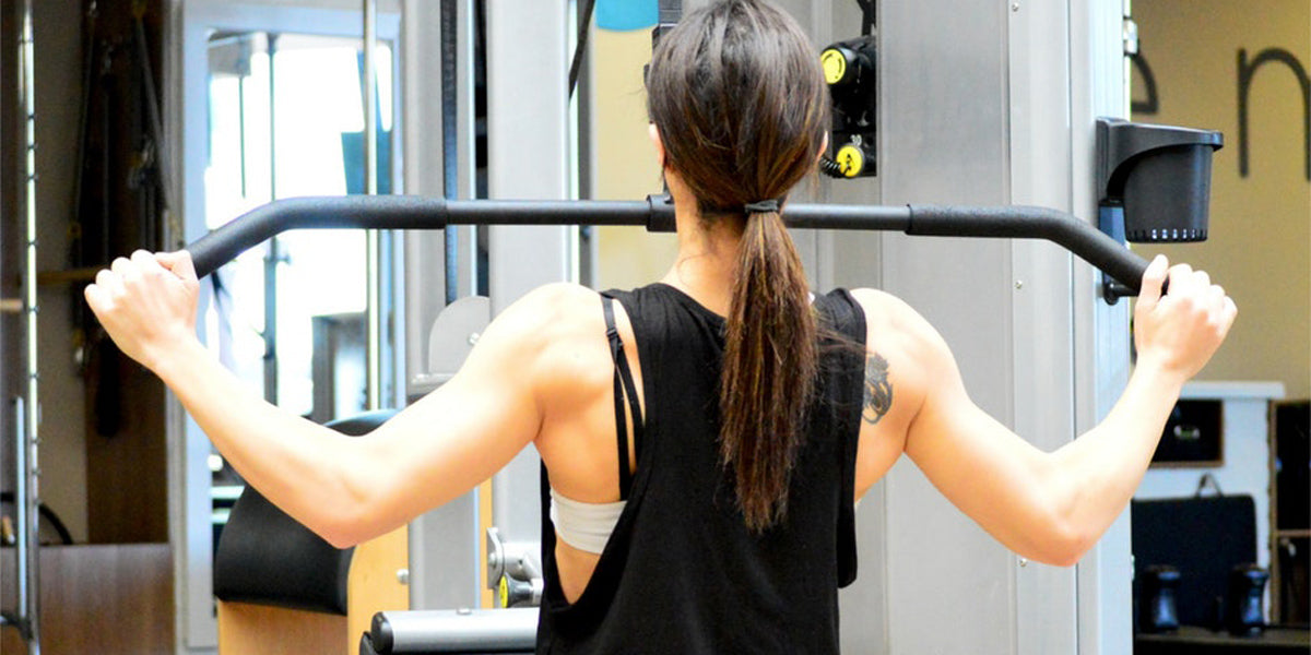 lat pull down machine workout gym