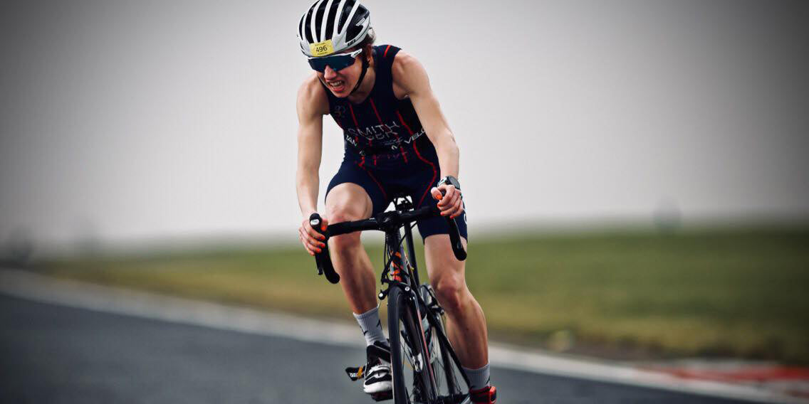 Laura Smith triathlete cycling