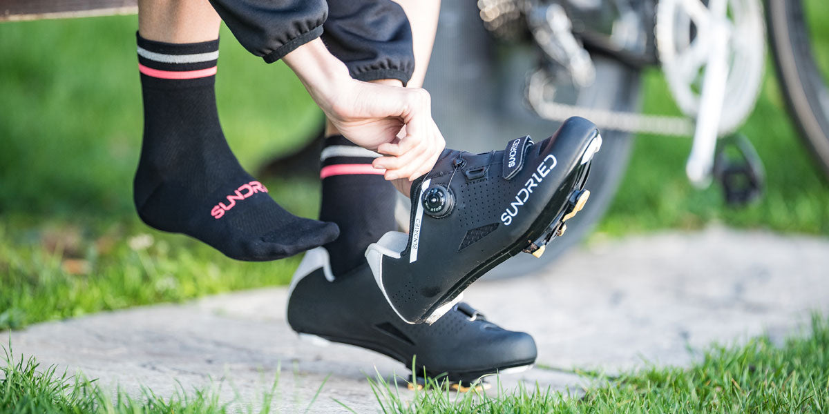 cycle shoes cleats clipless pedals Sundried Activewear buying guide