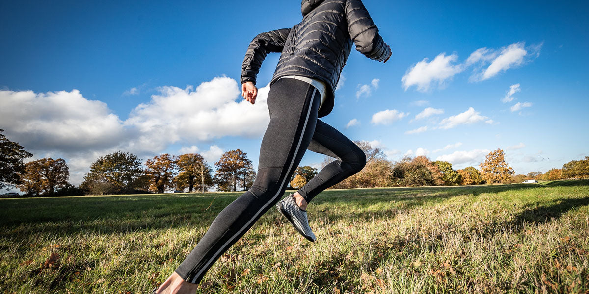 running sprinting activewear training athlete
