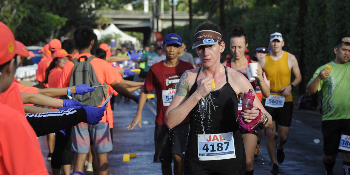 wet sponges running marathon