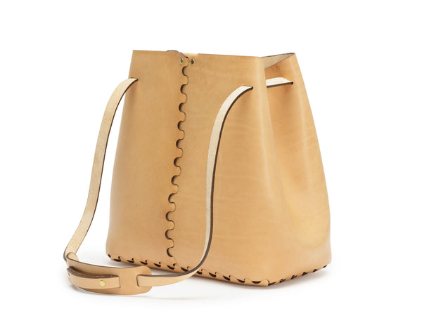 BRAID bucket bag, Tan,  Bucket Bag, leather goods, handmade, Copenhagen - Leatherprojects