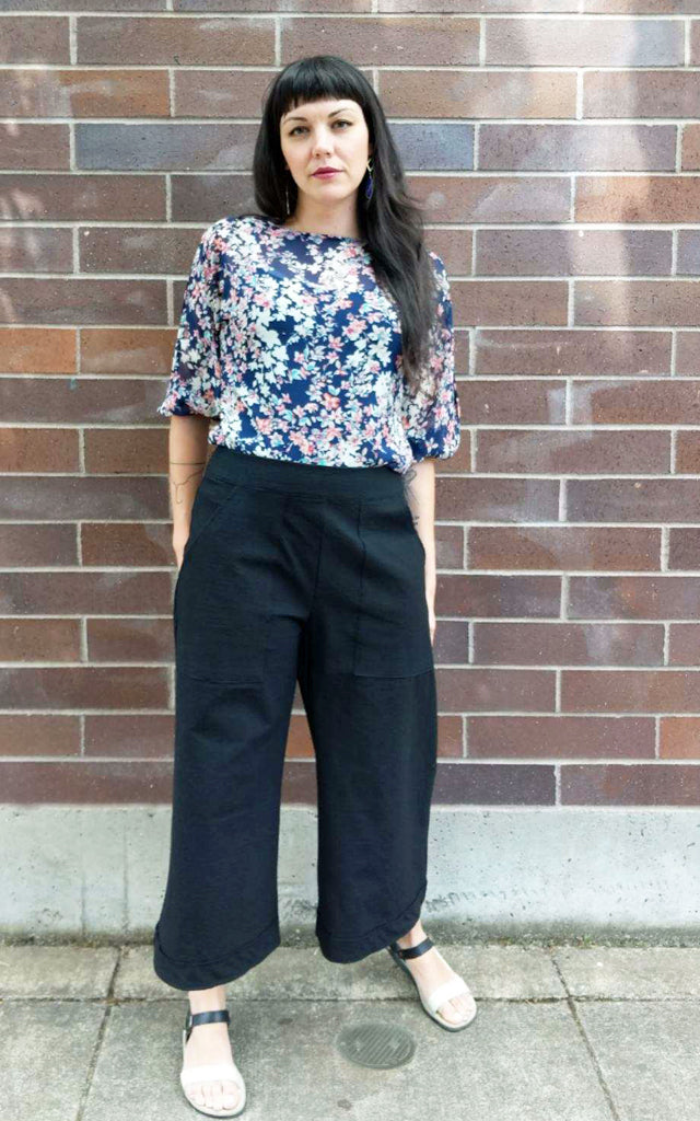 Brahmani Gaucho Pants in Black Cotton