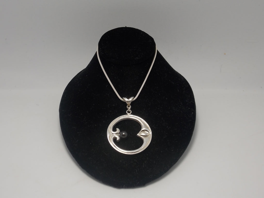 "Large ""Eye of moon"" sterling pendant with black pearl with 18"" chain"