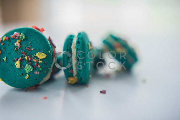 Green macaroons with fruity rice cereal - horizontal - Colorstock™  © Sirena White  - diverse stock photos
