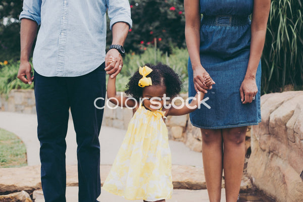 Family in the park - Colorstock™  © Latoya Dixon  - diverse stock photos