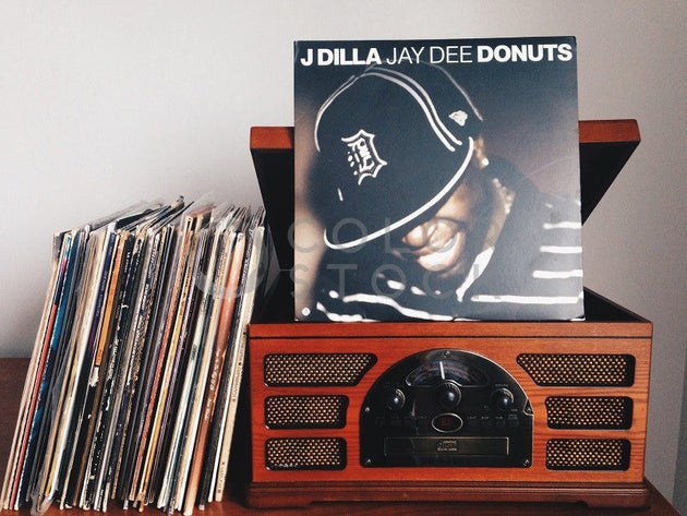 Hip hop records and record player - Colorstock™  © Jenell Hairston  - diverse stock photos