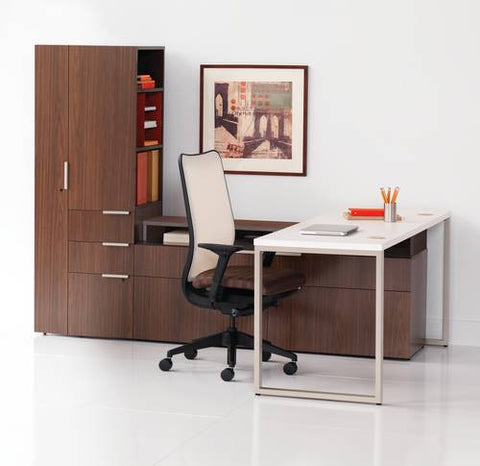 "Voi™ Single Workstation with Tower and Low Credenza, 72"" W x 84"" D x 65"" H"