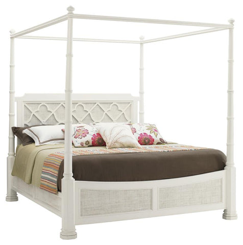 Southhampton King Poster Bed In Parchment White And Raffia Finish