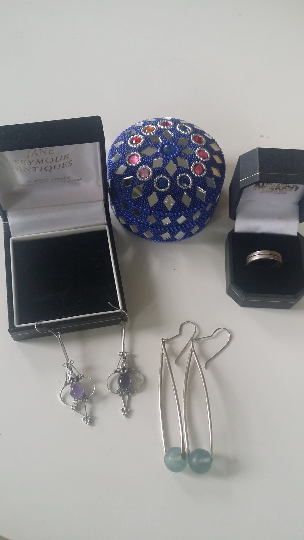 AUCTION! Jewellery: Mixed lot of silver antiques jewellery