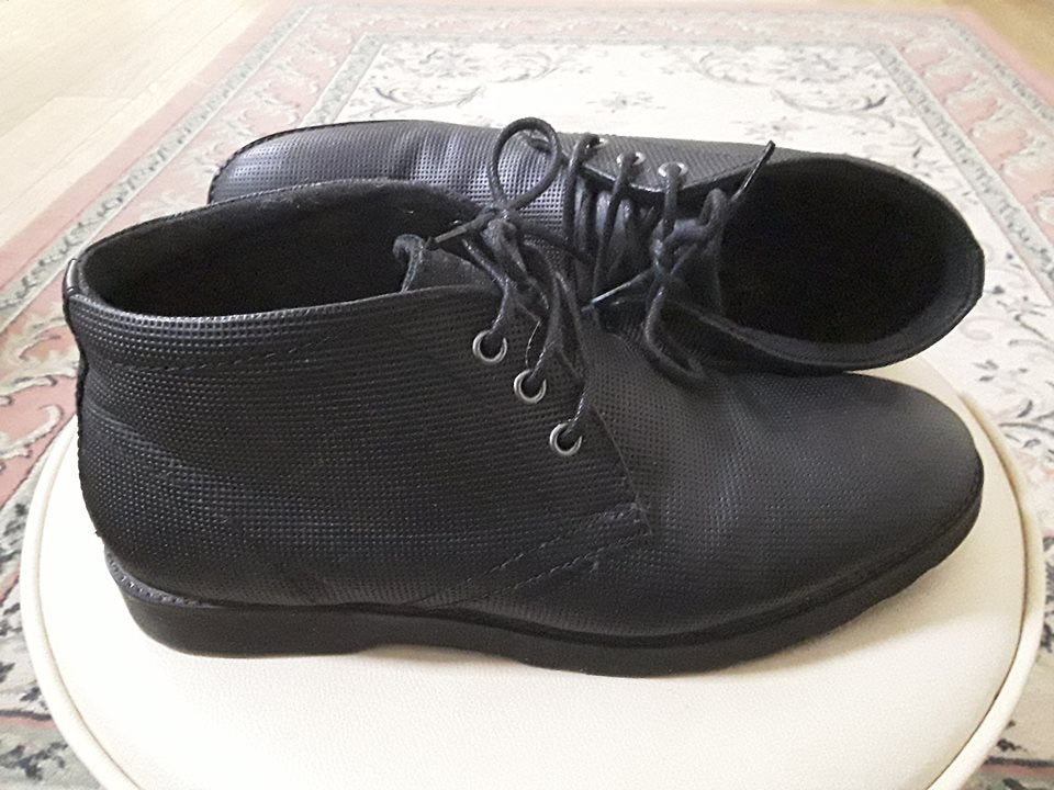Men shoes, size 8, London UK (Sold!)