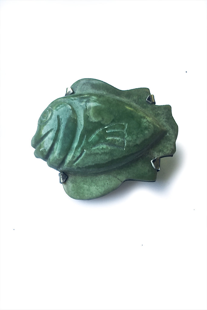 Carved Fish Brooch Pin - GEORGE V COLLECTION, Jewelry