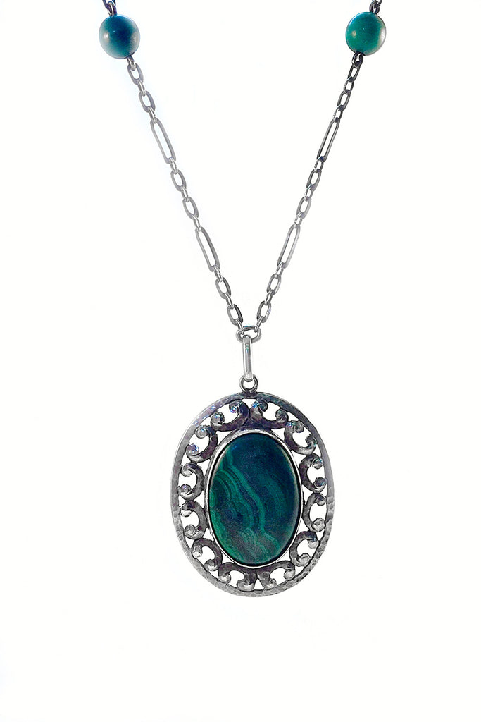 Rare Malachite Pendant Necklace - GEORGE V COLLECTION, Jewelry