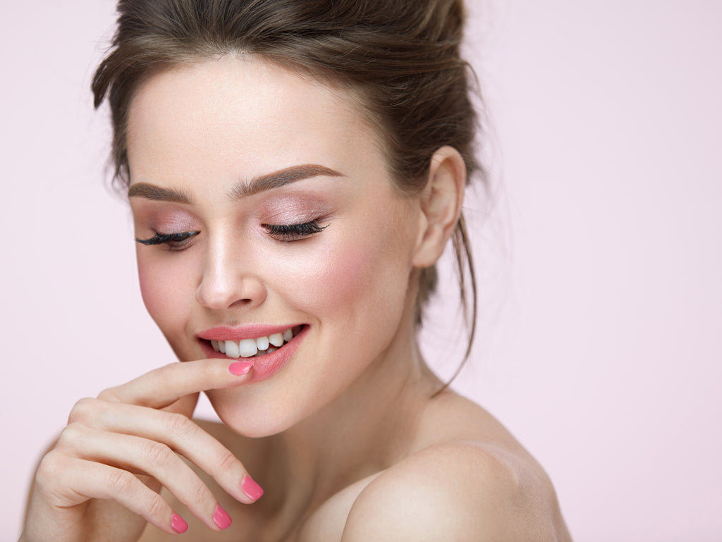 Spring Into Pink: 5 Must-Have Cosmetics for Spring