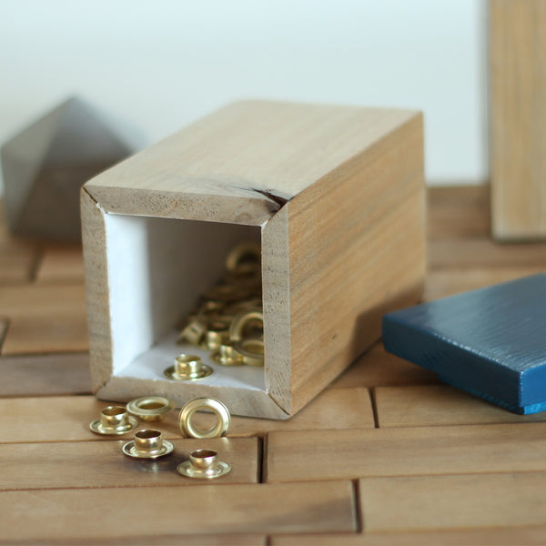 KEEP - wood storage / holder