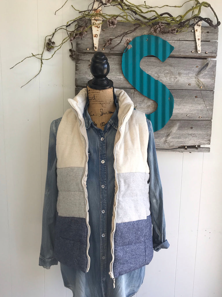 Navy Color Block Puffer Vest (Small)