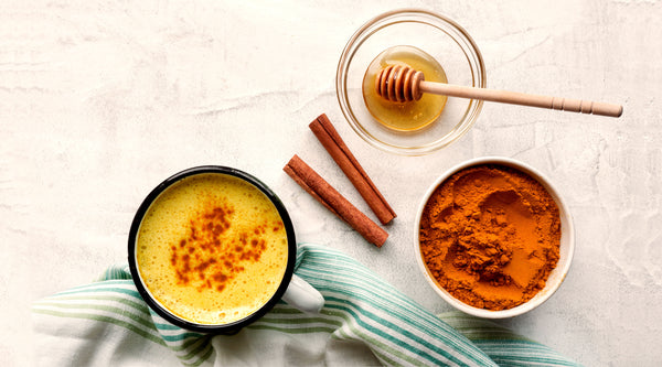 DIY YUMMY TURMERIC LATTE RECIPE
